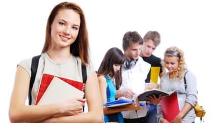 12 borse di studio per laureati nel Comune di Acerra