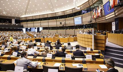 Comitato Regioni: Tirocini da 1.000 euro al mese a Bruxelles