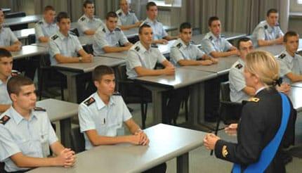 Concorsi per 400 Allievi Ufficiali per le Accademie Militari