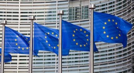 Commissione europea, 650 stage retribuiti a 1120 euro