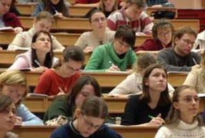 Progetto Percorsi: 140 fondi per Giovani Studenti