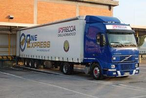 One Express: 7 Assunzioni settore commerciale e informatico