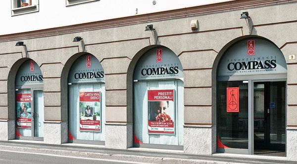 Stage per 35 Neolaureati in Compass Mediobanca