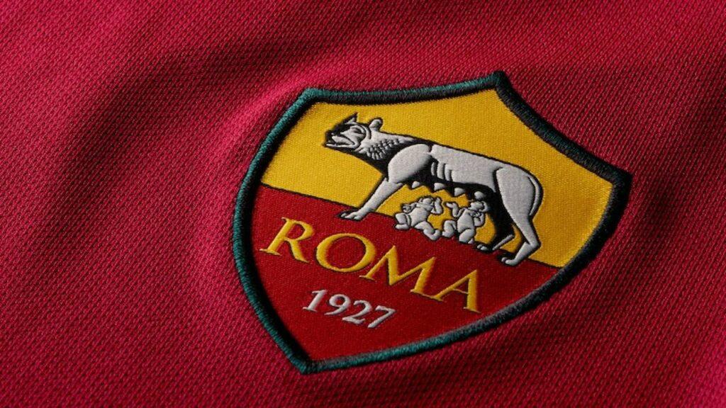 Nuove posizioni aperte nell'AS Roma. La società calcistica della Capitale è alla ricerca di 5 nuove figure professionali che possano rendere la società migliore dentro e fuori dal campo.