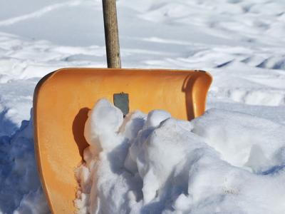 Amsa Milano, lavoro per 300 spalatori di neve
